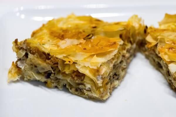 Backrezept für Burek mit Fleisch