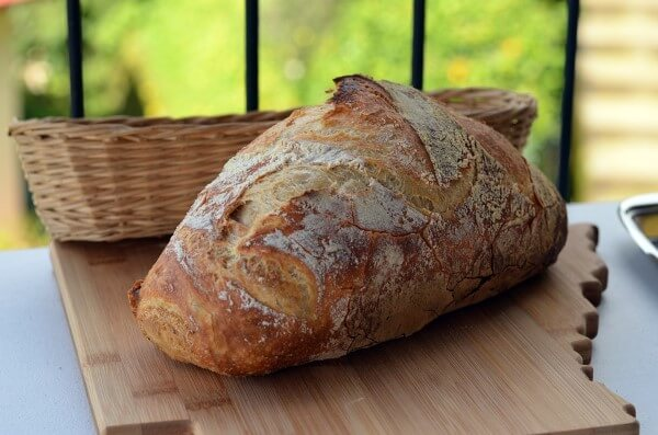 Domaci Kruh - Hausgemachtes Brot