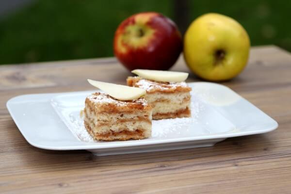Magischer Apfelkuchen