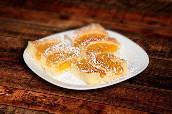 Backrezept für Pfirsichkuchen - kolac od breskve