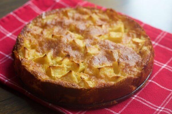 Recept za brzi kolac od jabuka